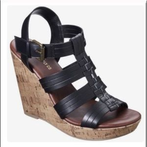 NWT ‼️ Black Cork Strappy Wedges